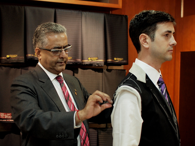 Qualities of a professional tailor