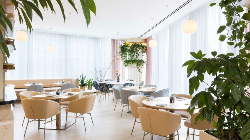 Tips to enhance restaurant interiors